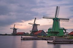 De Gekroonde Poelenburg, De Kat, mulino a vento di Windmill De Zoeker e immagine stock