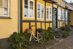 De gele fiets Royalty-vrije Stock Fotografie