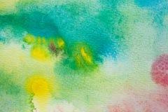 De gele, groene en blauwe slagen van de waterverfborstel Achtergrond voor ontwerp Kleurrijke hand geschilderde waterverfachtergro Royalty-vrije Stock Afbeelding