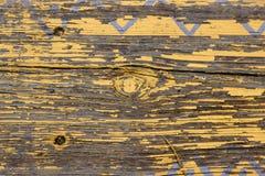De gele Horizontale Textuur van Planking van de Schuur Houten Muur Oude Houten Latjes Rustieke Sjofele Lege Achtergrond De verf p stock afbeelding