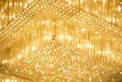 De gele lichten van het Hotel op het plafond Stock Afbeelding