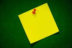 De gele linkse Post-it Stock Fotografie