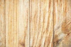 De gele natuurlijke houten achtergrond van de muurtextuur Stock Foto