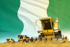 De gele rogge landbouw maaidorser op gebied met de vlagachtergrond van Nigeria, het concept van de voedselindustrie - industri?le stock illustratie