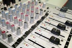 De Geluidsinstallatie van de muziek stock foto's