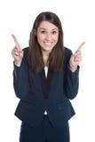 De gelukkige bedrijfsvrouw richt met wijsvinger die op whi wordt geïsoleerd royalty-vrije stock afbeeldingen