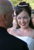 De Gelukkige Bruid van het huwelijk Stock Foto's