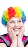 De gelukkige clown met regenboog maakt omhoog Royalty-vrije Stock Foto's