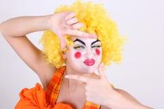 De gelukkige clown neemt een foto Royalty-vrije Stock Foto