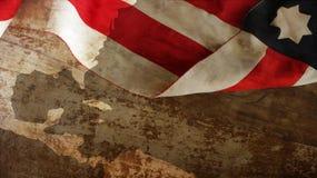De gelukkige dag van Columbus Vlag op hout stock fotografie