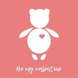 De gelukkige Dag van de Valentijnskaart `s Witte teddybeer met rood hart op een roze achtergrond De kaart van de groet Royalty-vrije Stock Afbeelding