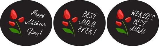 De gelukkige die kaarten van de moeder` s dag met bloemen en handlettering elementen op bordachtergrond worden geplaatst Tulp Royalty-vrije Stock Afbeeldingen