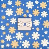 De gelukkige donkerblauwe en gele gekleurde achtergrond van de Vader` s Dag De mooie houten vlinderdas en de huidige bloemenvlakt Royalty-vrije Stock Afbeelding