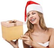 De gelukkige gift van de de vrouwenholding van Kerstmis Royalty-vrije Stock Fotografie