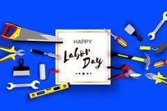 De gelukkige kaart van Dag van de Arbeidgroeten voor nationale, internationale vakantie Arbeidershulpmiddelen in document besnoei Royalty-vrije Stock Fotografie
