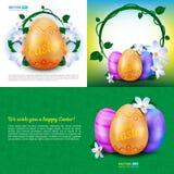 De gelukkige Pasen-vakantie vectorreeks groetkaarten, affiches of banners met kleur schilderde eieren en de lentebloemen Royalty-vrije Stock Foto