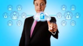 De gelukkige Veilige Verbinding van Adviseurcontacting teams via Stock Foto's