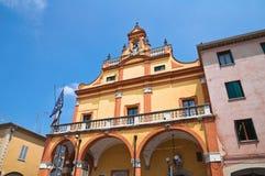 De gemeentelijke bouw. Cento. Emilia-Romagna. Italië. Royalty-vrije Stock Foto