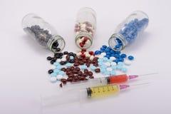 De geneeskundepillen voor behandeling Stock Afbeeldingen