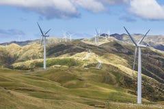 De generatie van de de turbinemacht van het windlandbouwbedrijf Stock Fotografie