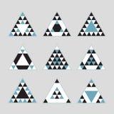 De geometrische blauwe geplaatste pictogrammen van tegel gelijkzijdige driehoeken Vector Illustratie