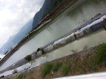 De geothermische energie van de watervijver Stock Foto