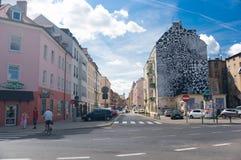 De geparkeerde mening van de auto'sstraat Stock Afbeelding