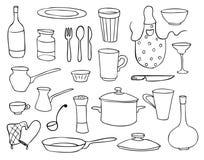De geplaatste voorwerpen en de schotels van het huishouden Stock Afbeelding