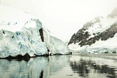 De Gerlache Strait, Antarktis royaltyfria bilder