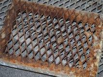 De geroeste rooster van het staalafvoerkanaal Royalty-vrije Stock Foto