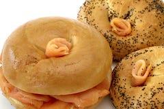 De gerookte Ongezuurde broodjes van de Zalm Royalty-vrije Stock Foto