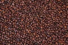 De geroosterde achtergrond van koffiebonen royalty-vrije stock fotografie