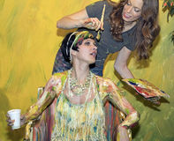 De geschilderde Vrouw bij de Foto van 2016 plus de Internationale Handel van Expo en van de Conferentie toont Stock Afbeeldingen
