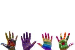 De geschilderde waterverf van het kind handen op witte achtergrond Stock Foto