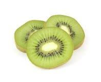 De gesneden segmenten van de kiwi fruit Royalty-vrije Stock Afbeeldingen