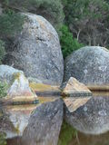 De getijde Rotsen van de Rivier Royalty-vrije Stock Fotografie