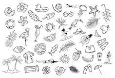 De getrokken inzamelingsreeks van hand schetste de objecten van het zomerpunt schetsmatige krabbels, flamingo, de surfer van de d vector illustratie