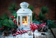De getrokken van Kerstmisgiften van de Sneeuwvakantie Rode Bal Stock Foto's