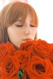 De geurbloemen van het meisje Stock Fotografie