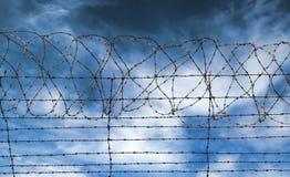 De gevangenis van het prikkeldraad of gaol omheining Royalty-vrije Stock Afbeeldingen