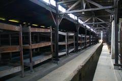 De gevangenisbarakken van Auschwitz stock afbeelding