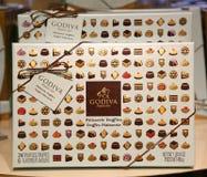 De Giftdoos van patisserietruffels door Godiva Stock Fotografie