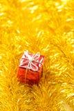 De giften en de slinger van de Kerstmisdecoratie Royalty-vrije Stock Foto
