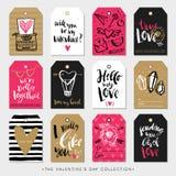 De giftmarkeringen en kaarten van de valentijnskaartendag Kalligrafiehand getrokken ontwerp Royalty-vrije Stock Foto's