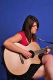 De gitarist van het meisje Royalty-vrije Stock Afbeelding