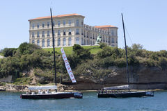De gladiator en stelde teams in werking die de haven van Marseille verlaten stock foto's