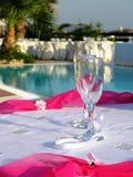 De glazen van Champagne bij huwelijk Stock Foto's