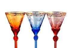 De glazen van de kleur voor wijn op een witte backgr Royalty-vrije Stock Foto