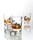 De glazen van de whisky Stock Afbeeldingen
