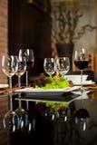 De Glazen van de wijn & Romantisch Diner royalty-vrije stock foto
